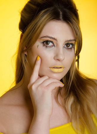 Studio Shoot Yellow Olivia-019